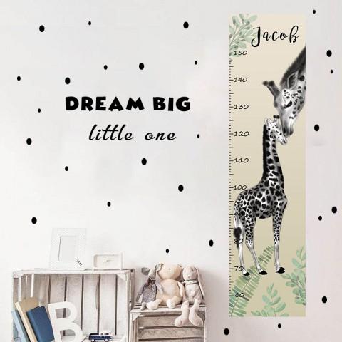 """Надпись """"DREAM BIG"""""""